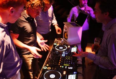 Verploegen Partycentrum Groepsuitje DJ workshop
